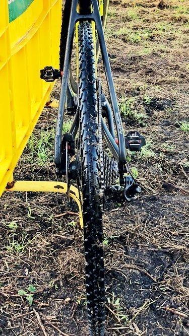 Tubulares en ciclocross Dugast Rhinno para barro