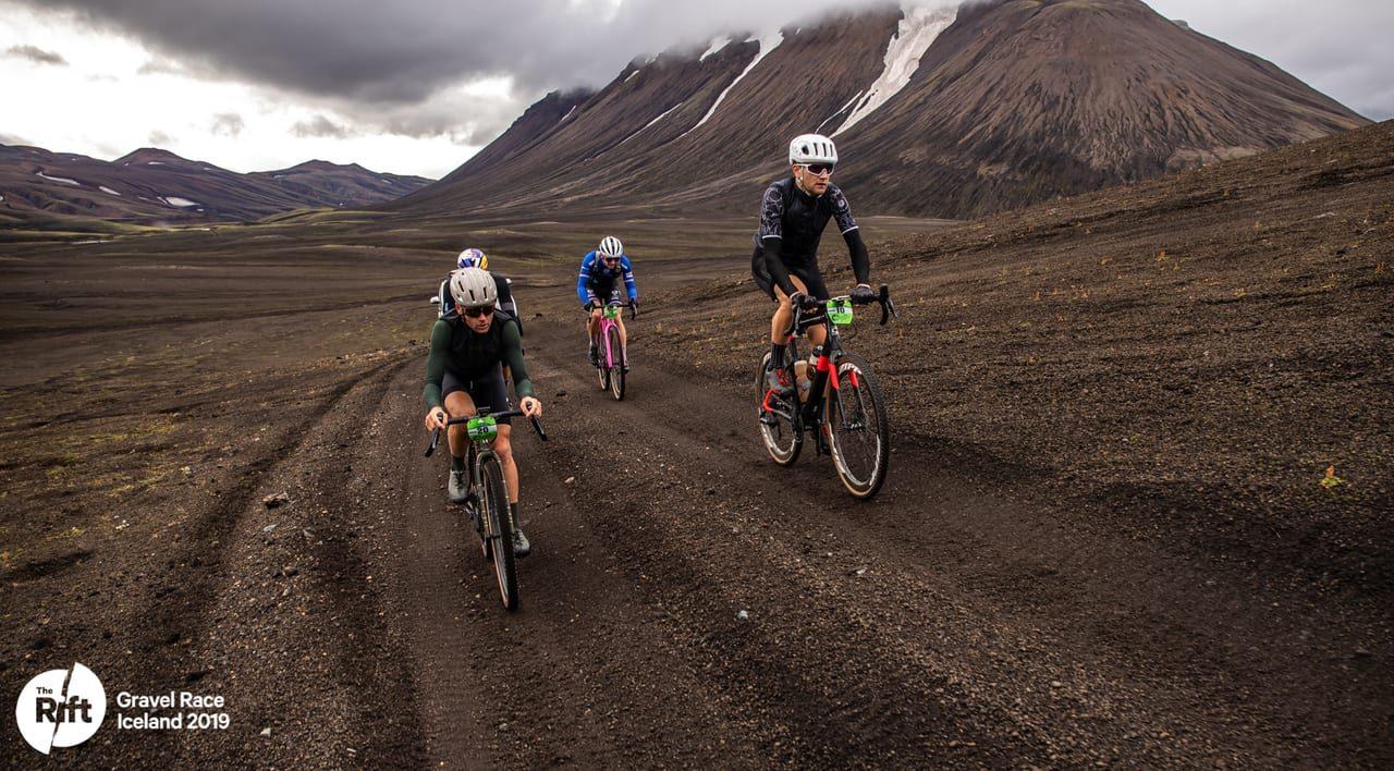the-rift-la-carrera-gravel-mas-espectacular-del-mundo-blog-mooquer