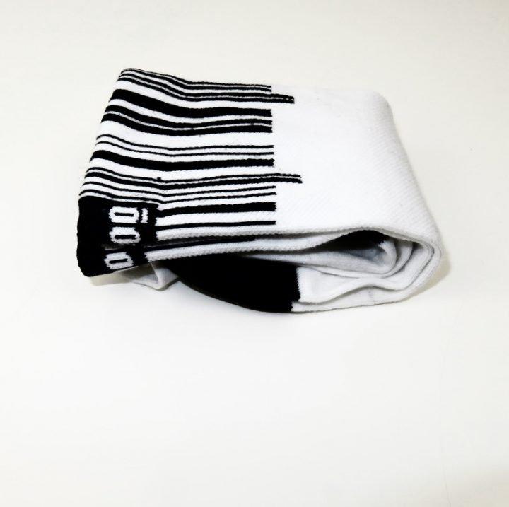 calcetines-altos-de-ciclismo-mooquer-barcode-codigo-barras