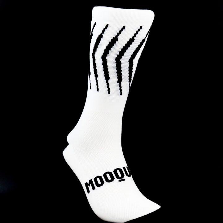 Calcetines de ciclismo Solitude White Corsa Mooquer