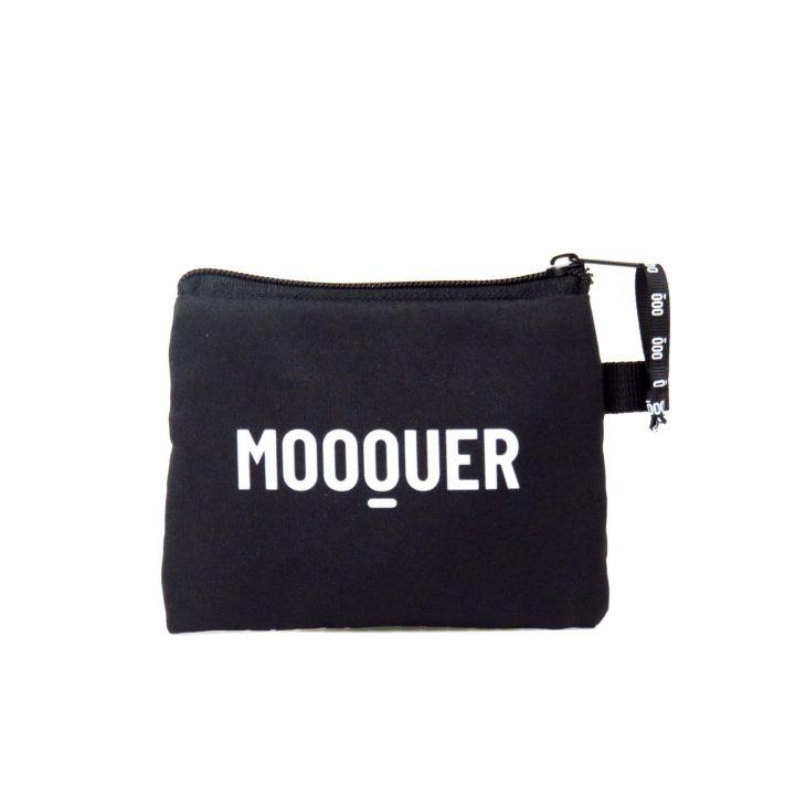 Solitude Case Mooquer